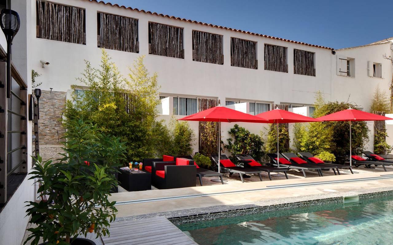 Indoor pool spa hotel camargue