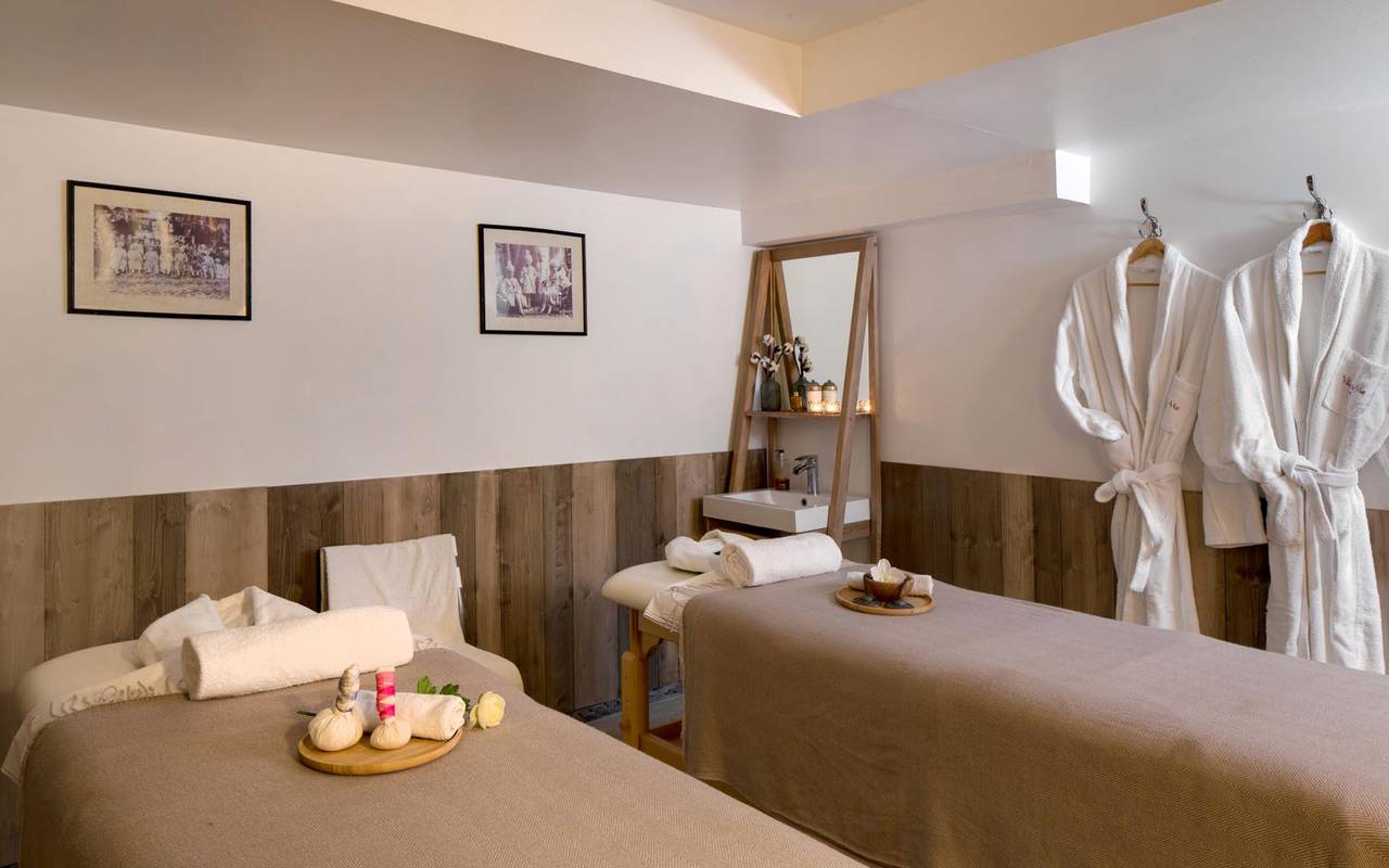 Massage room spa hotel camargue