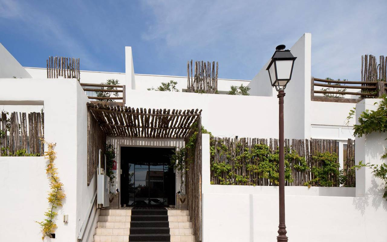 Authentic entry hotel spa camargue