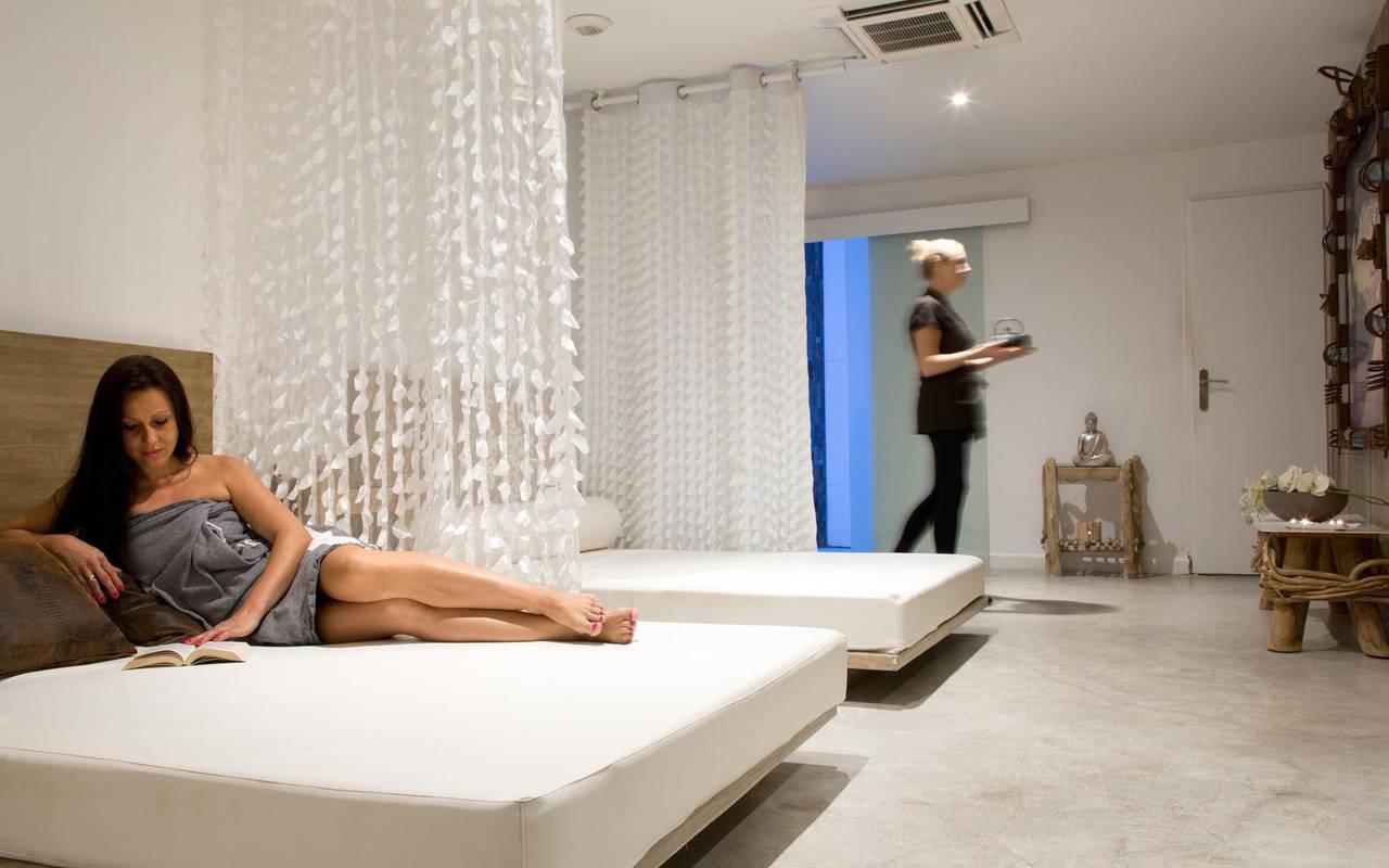 Chambre double hôtel spa saintes maries de la mer
