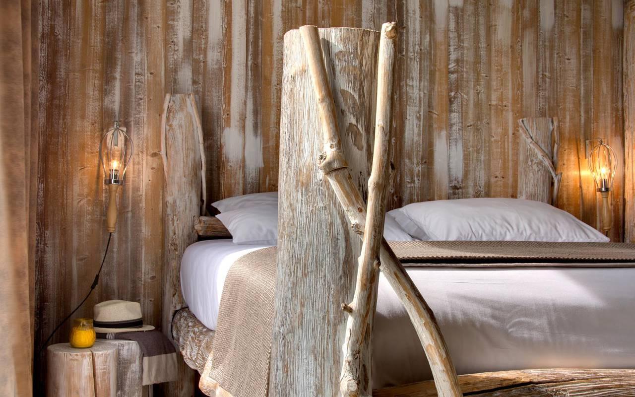 Grande chambre insolite hôtel 4 étoiles camargue