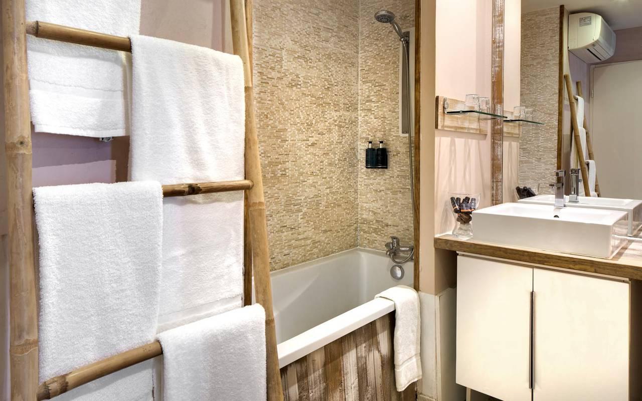 Serviettes de bain hôtel 4 étoiles camargue