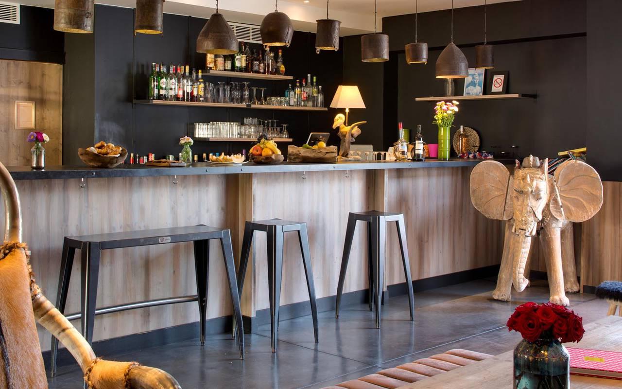 Bar décoré hôtel 4 étoiles camargue