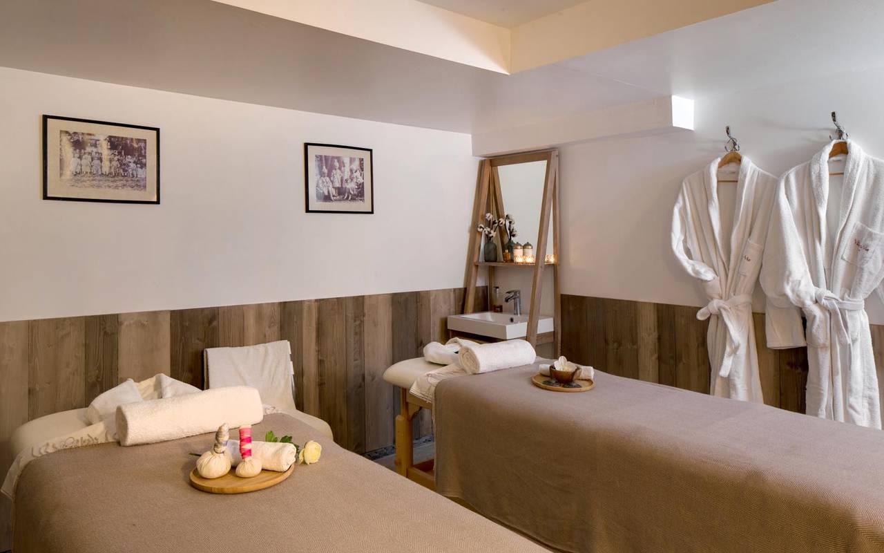 Salle de massage prestigieuse séminaire camargue